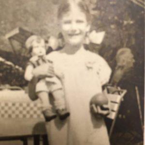 Anna Perlberg, aged 7.