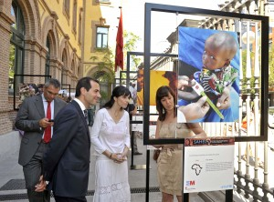 Aid workers in Madrid enjoy a photo exhibition of the humanitarian crisis in Sahel