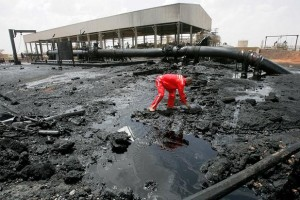 A Sudanese worker inspects the damage to an oil-processing facility in Heglig last month. South Sudan seized Sudan's main oil field in the town in April, sparking intense fighting. Under strong international pressure, South Sudan withdrew. (Ashraf Shazly, AFP/Getty Images / April 23, 2012)